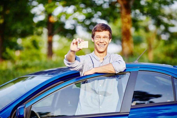 Află aici cele mai utile sfaturi pentru a învăța ușor chestionarele auto